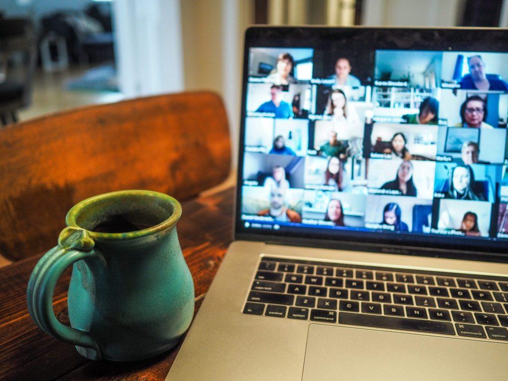 Zoom-meeting-laptop